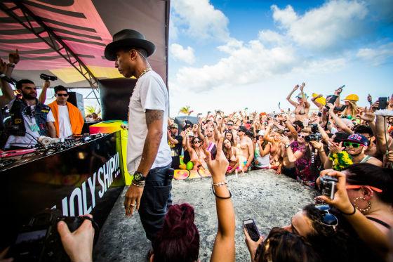 Holy_Ship_2014_Review_Photos_Pharrell